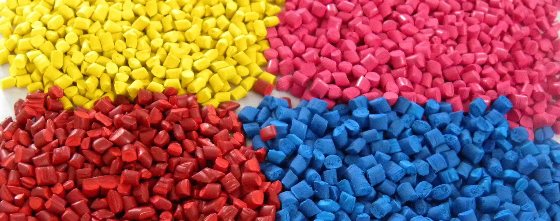 materie plastiche colorate